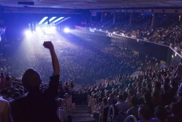 ec1_concert_crowd-637x426